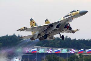 Tiêm kích đa nhiệm tầm xa Su-35 - đối thủ đáng gờm của 'thú ăn thịt' F-22