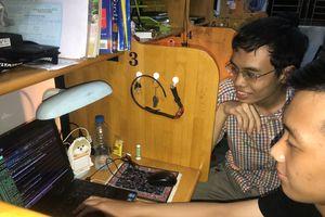 Sinh viên sáng tạo ứng dụng ngừa bệnh cho giới văn phòng