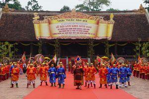 Hàng vạn du khách dự lễ hội Lam Kinh kỷ niệm 600 năm khởi nghĩa Lam Sơn