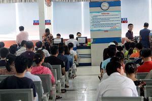Ga Sài Gòn bắt đầu bán 300.000 vé tàu Tết Kỷ Hợi 2019