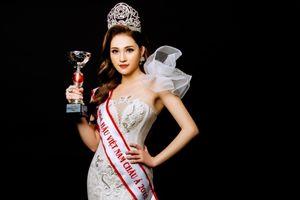 Hoa hậu Gia Hòa khoe nhan sắc đẹp không tỳ vết sau đăng quang