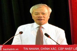 Khai giảng lớp bồi dưỡng kiến thức cho ủy viên, dự nguồn BCH Đảng bộ Hà Tĩnh