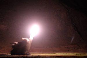 Iran bất ngờ 'dội' một loạt tên lửa vào Syria trong đêm