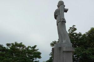 Tượng đài nữ anh hùng liệt sĩ Lê Thị Riêng hiện ra sao?