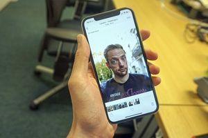 Bị người dùng chê camera 'giả tạo', Apple lập tức sửa tính năng làm mịn da trên iPhone Xs và Xs Max