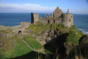 Những bóng ma ở lâu đài Dunluce