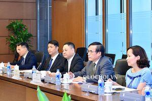 Phó Chủ nhiệm ủy ban Kinh tế Nguyễn Ngọc Bảo tiếp đoàn Nghị sỹ Vương quốc Anh