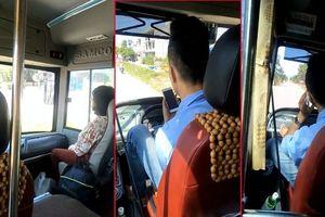 Tài xế lái xe buýt bằng chân, tay cầm điện thoại chửi tục tĩu bị đình chỉ công việc
