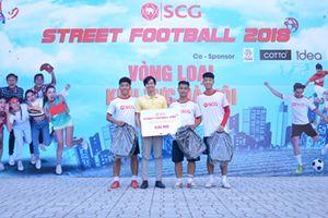 Xem các ngôi sao bóng đá đường phố thi đấu tại phố đi bộ hồ Hoàn Kiếm