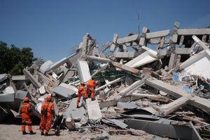 Indonesia tiếp nhận cứu trợ từ quốc tế