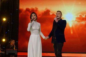 Ca sĩ Khánh Loan: 'Dù thưa kiện, Vân Sơn vẫn là người anh cả trong nghệ thuật'