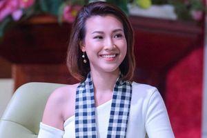 Á hậu Hoàng Oanh chia sẻ thời gian vượt qua biến cố gia đình
