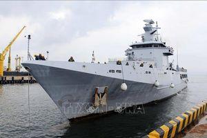 Tàu hải quân Brunei cập bến cảng Đà Nẵng