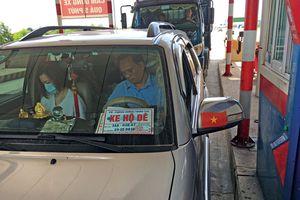 Bộ Công an đang xác minh 'xe hộ đê' nghi giả phù hiệu