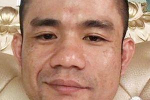 Kẻ cầm lựu đạn cố thủ trong nhà có biểu hiện ngáo đá khi bị bắt giữ