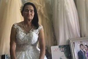 Cô dâu U70 thử váy cưới khiến dân mạng đồn đoán đủ điều nhưng đây mới là sự thật đầy bất ngờ