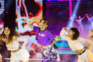 MV Top Hits lần thứ 16: Han Sara phát hành MV mới có tên gọi rất lạ 'Que A Du'