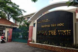 Đình chỉ công tác thầy giáo tát, đá học sinh ở TP. Hồ Chí Minh