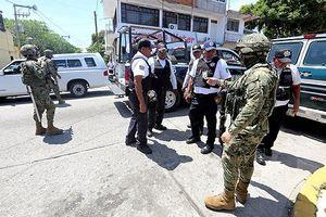 Mexico giải thể cảnh sát 'thành phố chết chóc nhất thế giới' Acapulco