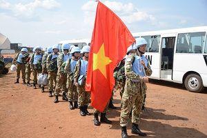Đoàn Bệnh viện dã chiến Việt Nam tới sân bay quốc tế Juba, Nam Sudan