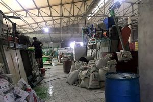 Người dân kêu trời vì xưởng sản xuất nhựa giữa khu dân cư gây ô nhiễm