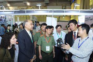 Khai mạc triển lãm quốc tế về sản phẩm, thiết bị an ninh, quốc phòng 2018 tại Hà Nội