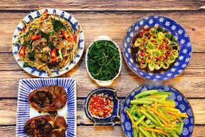 Tối nay ăn gì: Gợi ý thực đơn cho bữa tối mùa thu mát mẻ
