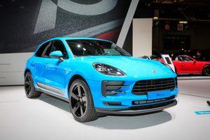 Porsche mang SUV bán chạy nhất đến Paris Motor Show