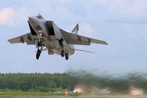 Tiêm kích sát thủ MiG-31 của Nga: Cơn ác mộng với vệ tinh Mỹ
