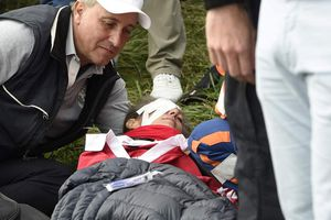 Một nữ khán giả bị bóng golf làm mù mắt tại giải Ryder Cup 2018