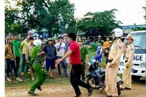 Gia Lai: Hai chiến sĩ công an bị chém khi đang thực hiện nhiệm vụ