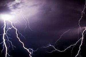 Thời tiết 3/10: Miền Trung tiếp tục có mưa to, đề phòng lốc, sét và gió giật mạnh