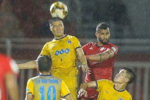 Ngôi vị á quân và đội bóng rớt hạng sẽ được định đoạt ở vòng đấu cuối V.League 2018