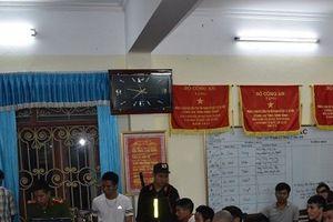 Phá sới bạc 'khủng' ở Ninh Bình, bắt giữ 34 con bạc