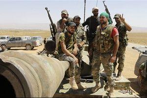 Quân đội Syria không ngừng tiến công, IS cắm cổ chạy vào sâu Sweida