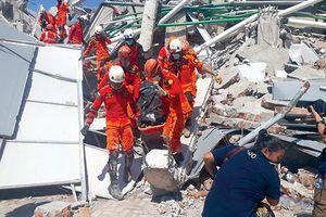 Indonesia chật vật xử lý hậu quả động đất, sóng thần