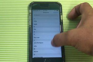 Lỗ hổng trên iOS 12 khiến iPhone đang khóa vẫn bị xem danh bạ