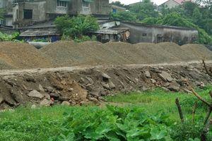 Tiếp tục làm đường bằng rác thải xây dựng, Cty Vinhland thách thức pháp luật?