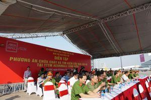 Hà Nội: 2.500 người tham gia diễn tập chữa cháy tại AEON MALL Long Biên