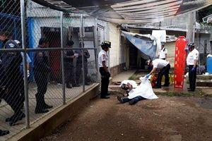 Bạo loạn tại nhà tù ở Guatemala khiến 11 tù nhân thương vong