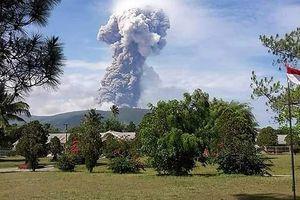 Núi lửa Indonesia phun trào dữ dội ở đảo bị động đất sóng thần
