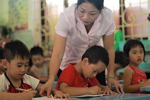 Dư luận trái chiều về xử phạt giáo viên vi phạm, Bộ GD-ĐT nói gì?