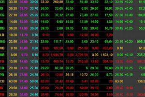 Thị trường thoát hiểm vào cuối phiên