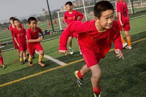 Bóng đá châu Á - 'miếng bánh' béo bở cho các doanh nghiệp đầu tư