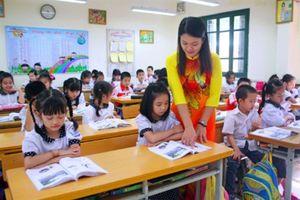 Chấn chỉnh giáo dục bằng biện pháp tài chính