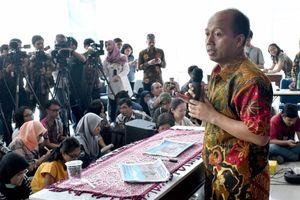 Ung thư giai đoạn cuối, phát ngôn viên Indonesia vẫn gắng gượng cập nhật tin động đất, sóng thần