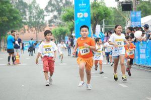 Mời 'sao' điền kinh dự giải marathon TP.HCM
