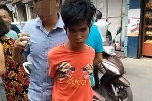 Cướp vàng 'trong chớp mắt' giữa ban ngày tại Hà Nội