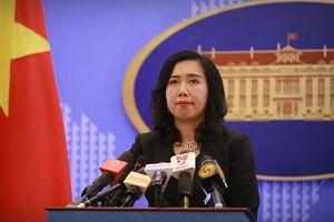 Việt Nam lên tiếng về việc tàu Trung Quốc áp sát tàu Mỹ ở Biển Đông