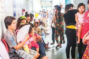 Dịch bệnh truyền nhiễm vào mùa: Lo ngại dịch chồng dịch